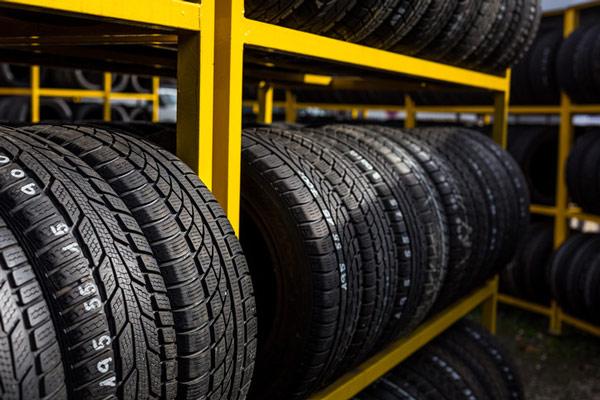 Pkw-Service Reifeneinlagerung