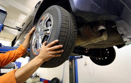 Pkw-Service Reifenwechsel